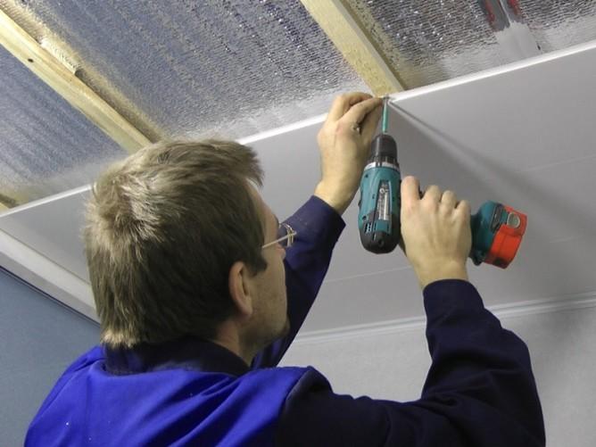 Работы по утеплению потолка