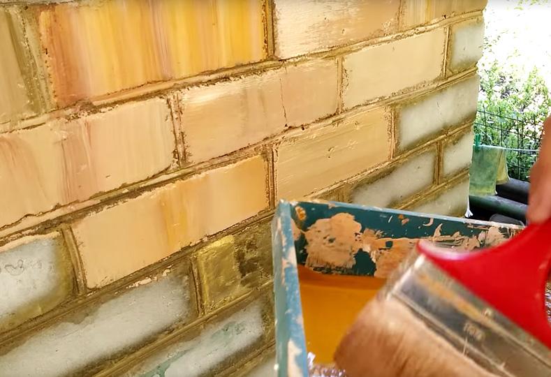 Покраска кирпича под римскую стену