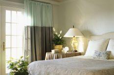 Дизайн спальни в зеленоватых тонах
